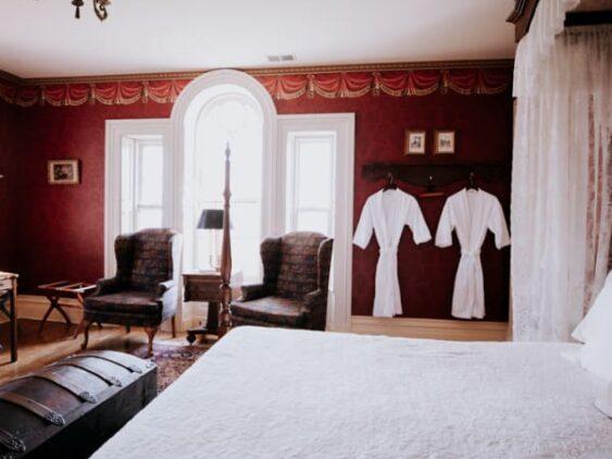 Madison Room, Mayhurst Estate